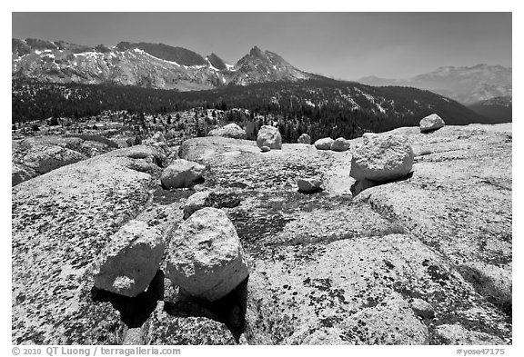 Boulders, slabs, and Ragged Peak. Yosemite National Park (black and white)