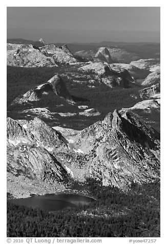 Ragged Peak, Fairview Dome, Half-Dome. Yosemite National Park (black and white)