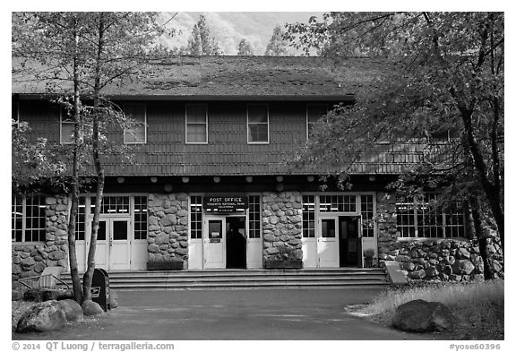 Post Office. Yosemite National Park (black and white)