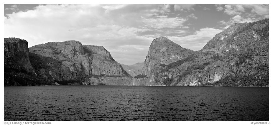 Hetch Hetchy. Yosemite National Park (black and white)