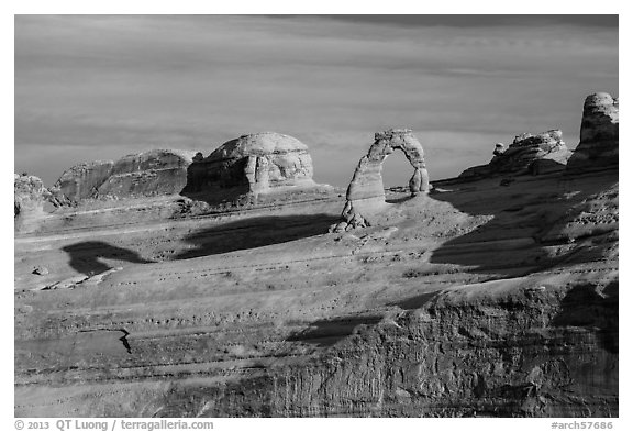 Delicate Arch and Frame Arch, early morning. Arches National Park (black and white)
