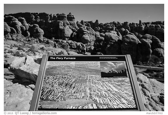 Interpretive sign, Fiery Furnace. Arches National Park (black and white)