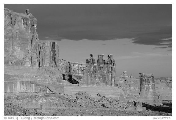 Three Gossips and Courthouse towers, early morning. Arches National Park (black and white)