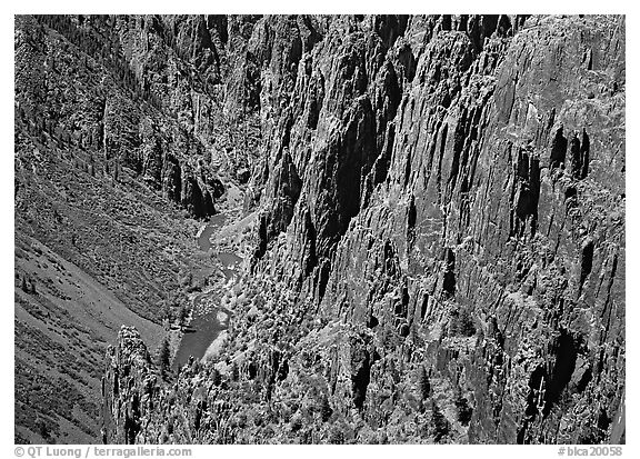 Rock spires and Gunisson River from above. Black Canyon of the Gunnison National Park (black and white)