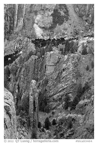 Crags and Gunnison River seen from above. Black Canyon of the Gunnison National Park (black and white)