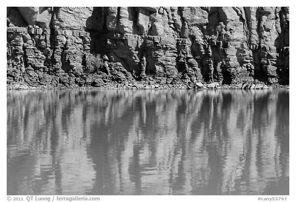 Cliffs reflections, Colorado River. Canyonlands National Park (black and white)