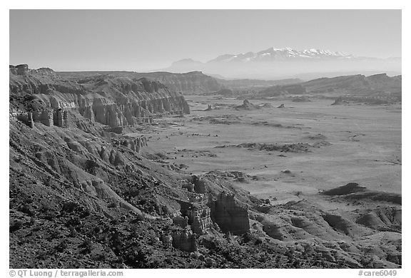 Upper Desert overlook, Cathedral Valley, mid-day. Capitol Reef National Park (black and white)