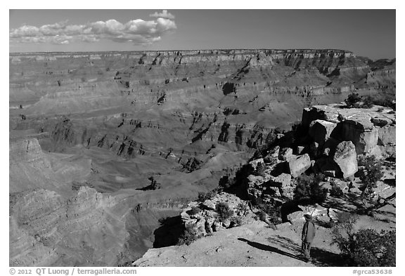 Visitor looking, Moran Point. Grand Canyon National Park (black and white)