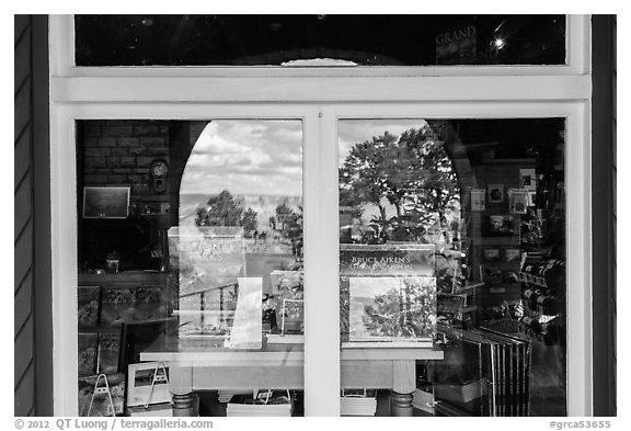 South Rim, Verkamp Visitor Center window reflexion. Grand Canyon National Park (black and white)