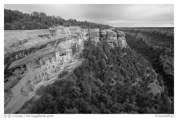 Cliff Palace and Chaplin Mesa, late afternoon. Mesa Verde National Park (black and white)