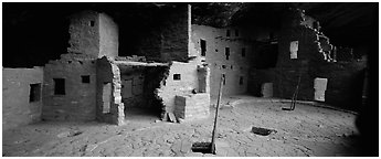 Spruce Tree House and Kiva entrances. Mesa Verde National Park (Panoramic black and white)