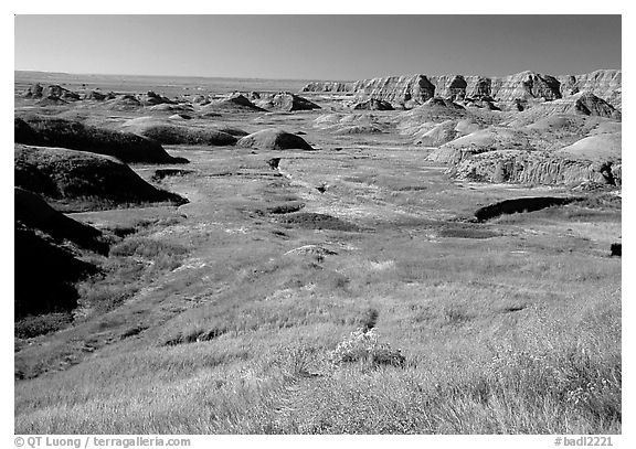 Badlands and Prairie at Yellow Mounds overlook. Badlands National Park (black and white)