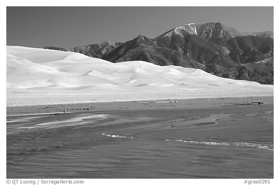 Mendonca creek, dunes and Sangre de Christo mountains. Great Sand Dunes National Park and Preserve (black and white)