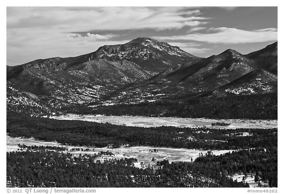 Moraine Park from above, Gianttrack Mountain, late winter. Rocky Mountain National Park (black and white)