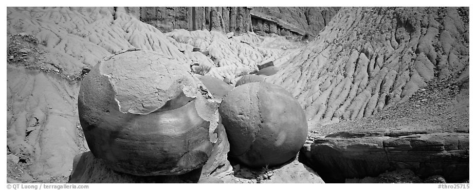 Large spherical concretions in badlands. Theodore Roosevelt National Park (black and white)