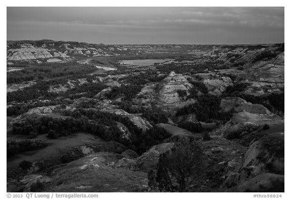 Badlands and Little Missouri oxbow bend at dusk. Theodore Roosevelt National Park (black and white)