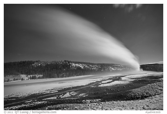 Plume, long night exposure, Old Faithful. Yellowstone National Park (black and white)