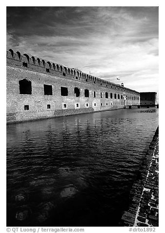 Fort Jefferson moat and thick brick walls. Dry Tortugas National Park (black and white)