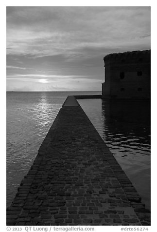 Fort Jefferson seawall and moat at sunset. Dry Tortugas National Park (black and white)