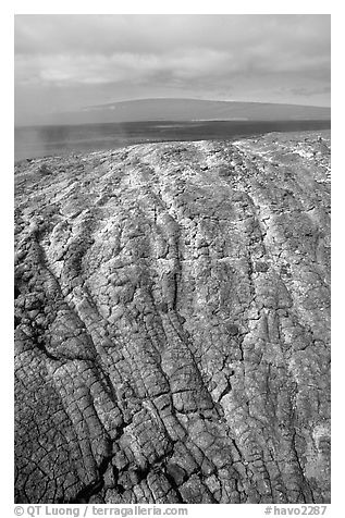 Recent lava crust on Mauna Ulu crater. Hawaii Volcanoes National Park (black and white)