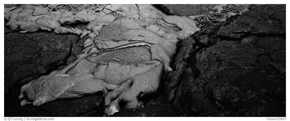 Molten lava flow. Hawaii Volcanoes National Park (black and white)