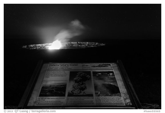 Interpretive sign, Halemaumau crater. Hawaii Volcanoes National Park (black and white)