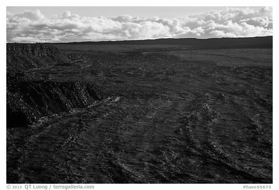 Immensity of Mokuaweoweo caldera. Hawaii Volcanoes National Park (black and white)