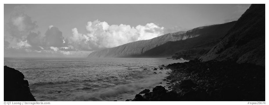 Coastline, Tau Island. National Park of American Samoa (black and white)
