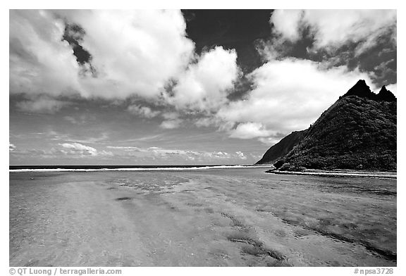 Channel with turquoise waters between Olosega and Ofu. National Park of American Samoa (black and white)