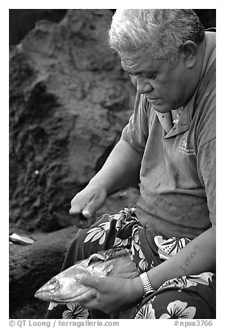 Elder Samoan subsistence fisherman, Tau Island. National Park of American Samoa