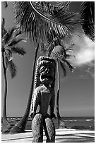 Polynesian idol, Place of Refuge, Puuhonua o Honauau National Historical Park. Big Island, Hawaii, USA (black and white)