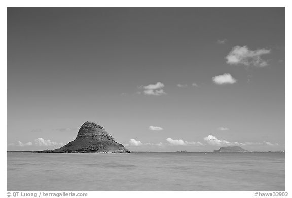 Chinaman's Hat Island and Kaneohe Bay. Oahu island, Hawaii, USA (black and white)