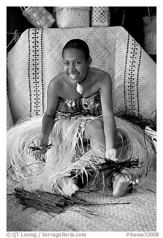 Fiji woman. Polynesian Cultural Center, Oahu island, Hawaii, USA (black and white)