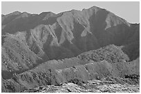 Koolau Mountains, early morning. Oahu island, Hawaii, USA (black and white)