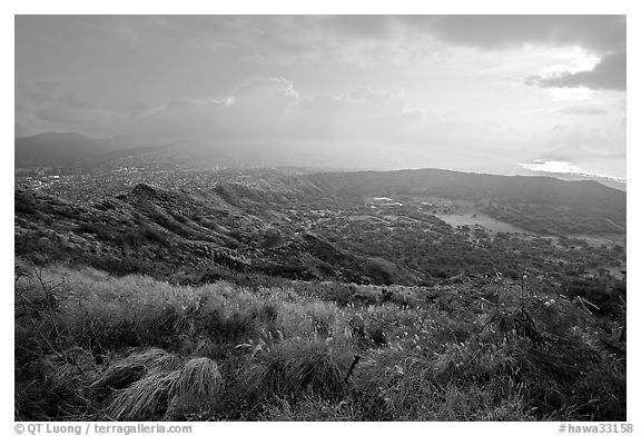 Diamond Head crater, early morning. Oahu island, Hawaii, USA (black and white)