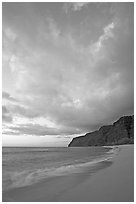 Polihale Beach and Na Pali cliffs,  dusk. Kauai island, Hawaii, USA (black and white)