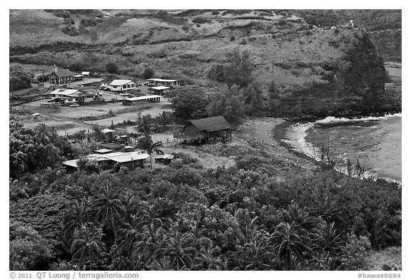Beach and village,  Kahakuloa. Maui, Hawaii, USA (black and white)