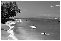 Beach and surfers. Lahaina, Maui, Hawaii, USA ( black and white)