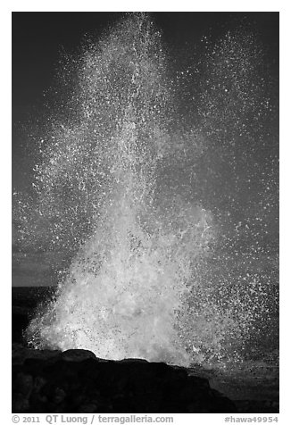 Spouting Horn spurting water 50 feet into the air. Kauai island, Hawaii, USA (black and white)