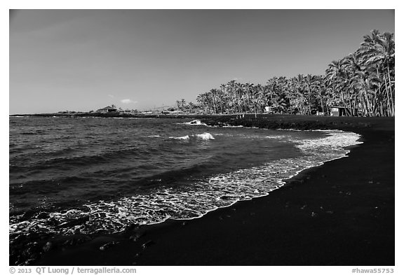 Punaluu black sand beach. Big Island, Hawaii, USA (black and white)