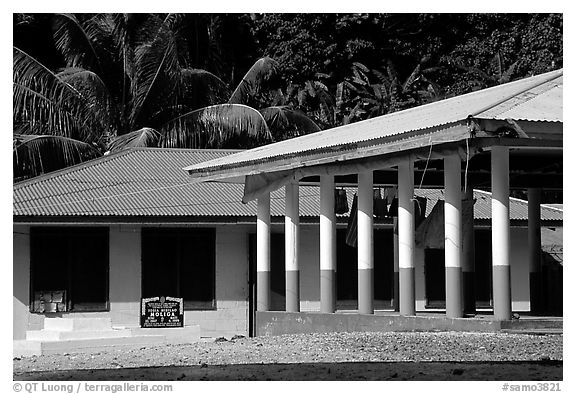 Home and fale in Luma. American Samoa (black and white)