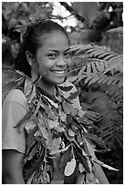 Girl with ornemental leaves in traditional fashion. Pago Pago, Tutuila, American Samoa ( black and white)