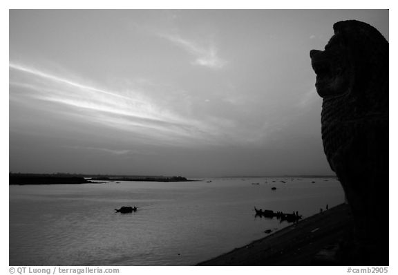 Sunrise over the Tonle Sap river,   Phnom Phen. Cambodia (black and white)