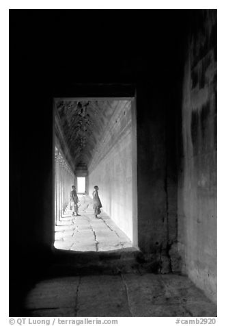 Exterior deambulatory of Angkor Wat. Angkor, Cambodia (black and white)