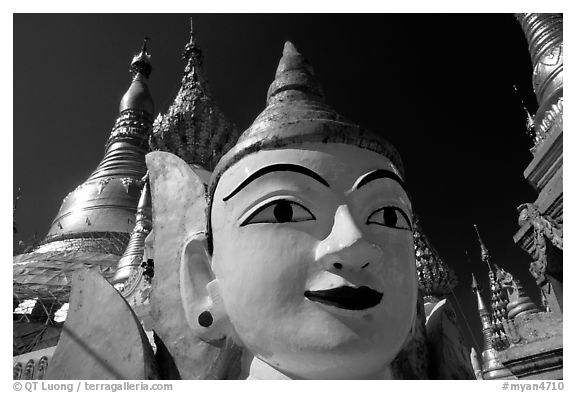 Manoksiha, Shwedagon Paya. Yangon, Myanmar (black and white)