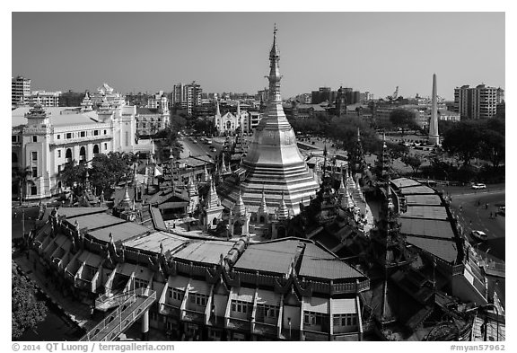 City Hall, Sule Pagoda, and Independence Monument. Yangon, Myanmar (black and white)