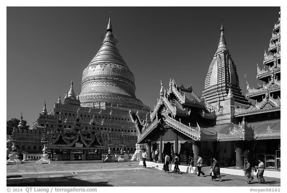 Shwezigon Pagoda. Bagan, Myanmar (black and white)