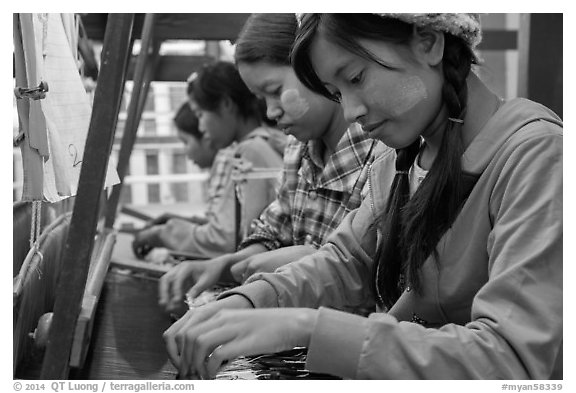 Weaving workshop. Amarapura, Myanmar (black and white)
