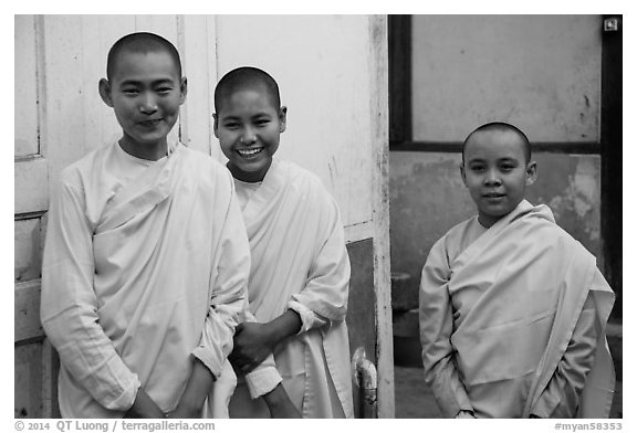 Smiling nuns, Zayar Theingi Nunnery, Sagaing. Myanmar (black and white)