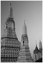 Prang of Wat Arun at dawn. Bangkok, Thailand ( black and white)